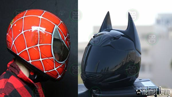 casco di batman e spiderman